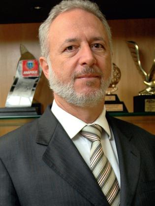 WAGNER PINHEIRO DE OLIVEIRA